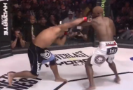 Cavalcante and Guillard (right) exchange punches