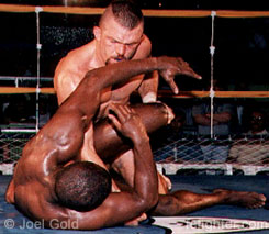 Chuck Liddell beating on Jose Pele Landi-Jons in IVC 6