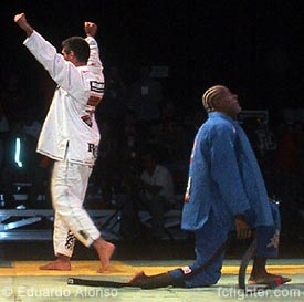 Adriano Maciel defeats Eduardo Jamelao