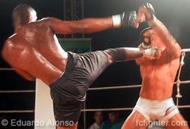 Terere kicking Tibau