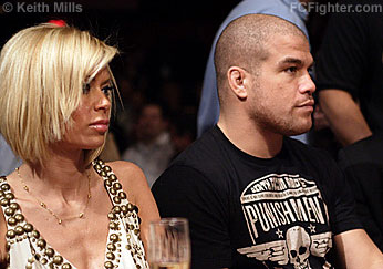 CFFC 3 (Jan 19, 2007): Jenna Jameson and boyfriend Tito Ortiz watch the fights - Photo by Keith Mills