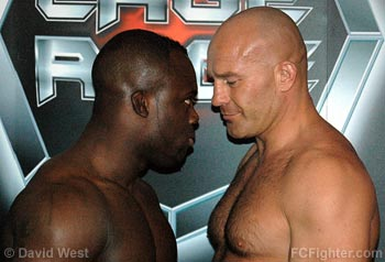 Manhoef (left) vs. Freeman