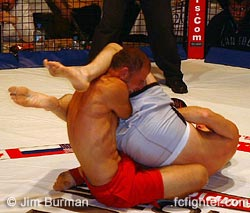 Lee Dorski finishing off Andy Walker with an armbar