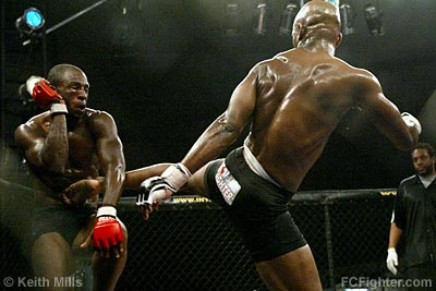 Yves Edwards vs. Deshaun Johnson