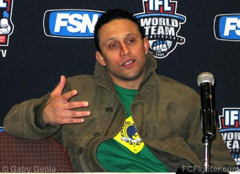 IFL Dec 29, 2006 Post-fight press conference: Renzo Gracie - Photo by Gaby Genia