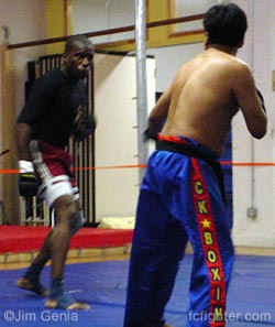 'Lump' Rasheen (left) vs. Ricardo Lopez