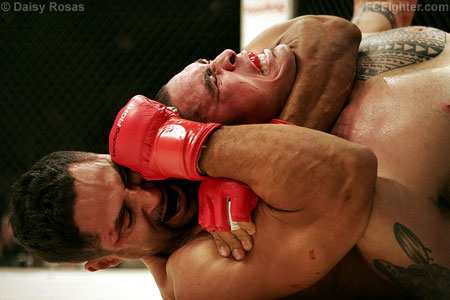 Strikeforce 4: Eugene Jackson choking Ron Jhun - Photo by Daisy Rosas