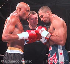 Anderson Silva (left) faces off against Tadeu Sanmartino