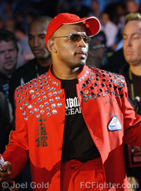 Shonie Carter just before his fight with Nate Quarry at UFC 53
