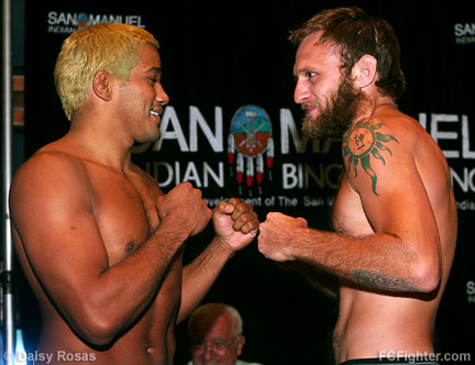 Hermes Franca (left) vs. Brandon Olsen