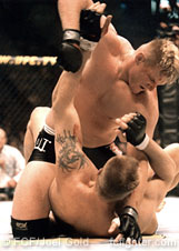 Josh Barnett beats on Semmy Schilt at UFC 32