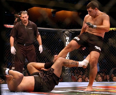 Pedro Rizzo kicking down at Ricco Rodriguez