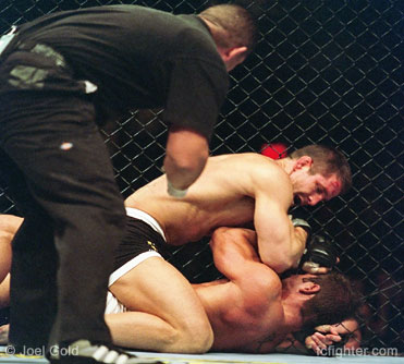 UFC 45: Evan Tanner elbows Phil Baroni